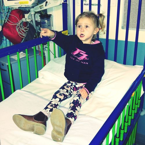 Ivy Rose has chosen her bed on ward 12 Birmingham children's hospital. Chd Hlhs Tga