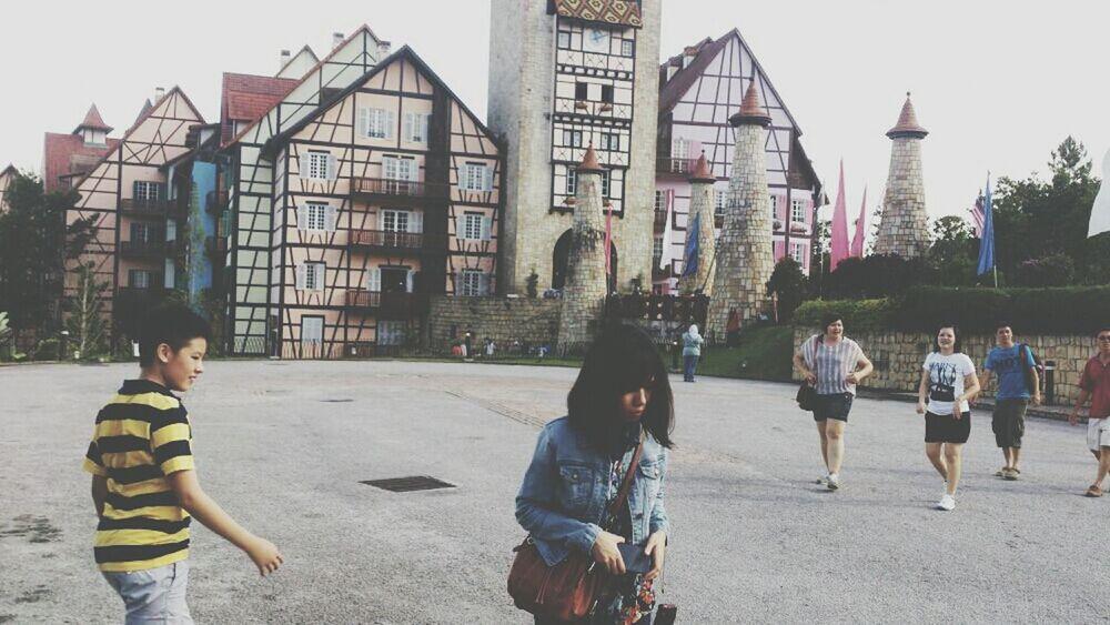 2013 Re-visiting Castles Ville