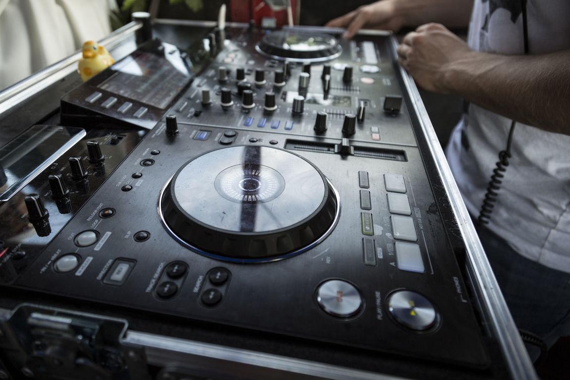 Console Dj Dj At Work Dj Console Dj Life Dj Mixer Dj Set Hands House Music Music Party