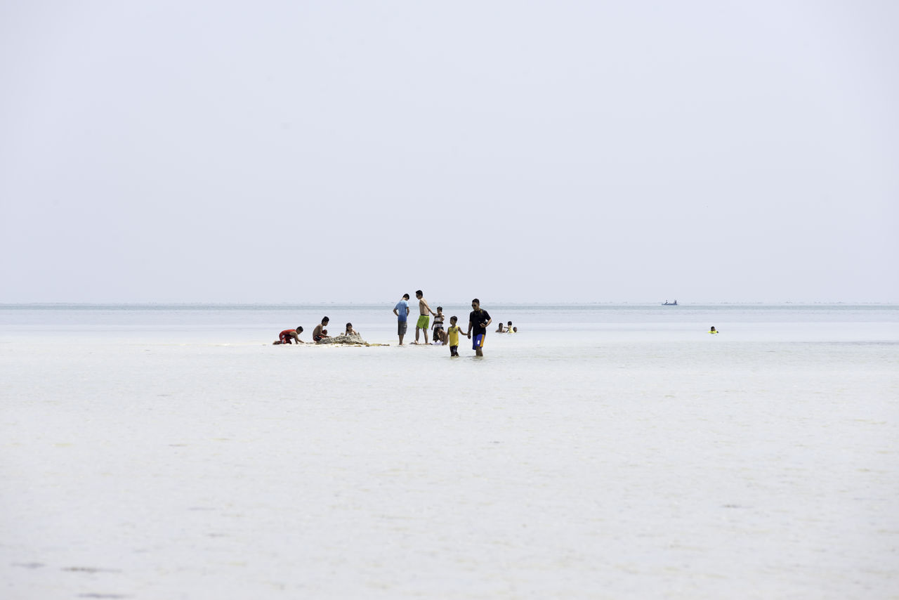 Beach Beauty In Nature Clear Sky Day Horizon Over Water Large Group Of People Live For The Story Nature Outdoors People Sand Scenics Sea Sky Water