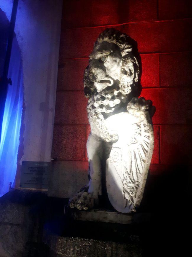 Latvija Latvia Jaungulbene Travelling The Baltic States Lion Sculpture Lion Statue
