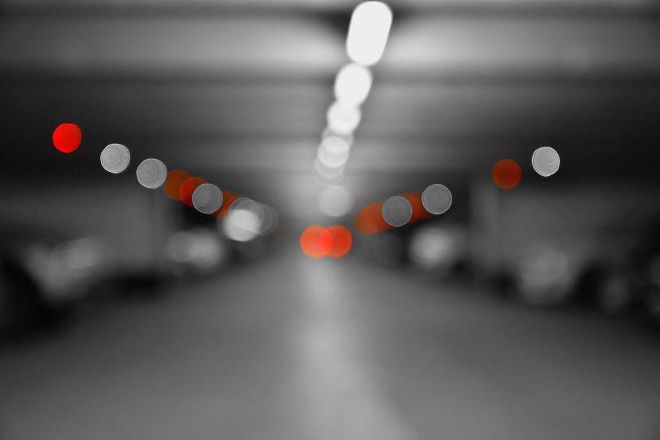 Dots Fieldofdepth Red Garage Suburban No People Indoors  Bichromatic Treatfortheeyes Abstract Architecture