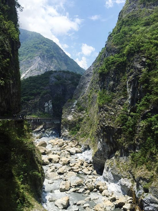 Taroko Taroko National Park Rock - Object Water Mountain Stream Tarokopark Gorge Taroko Gorge Taroko Gorge National Park Taroko Park Kaohsiung Scenics Stone - Object Nature Beauty In Nature Mountain Range River Cloud - Sky Day Flowing Valley Outdoors Natural Naturalformations Formation
