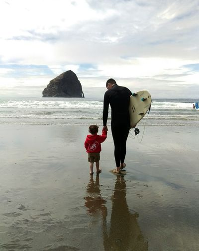 Hanging Out Taking Photos Check This Out Hello World Relaxing Enjoying Life Beach Baby Beach Life Beach 2016 Oregon Cape Kiwanda Pacific City Haystack Rock Love