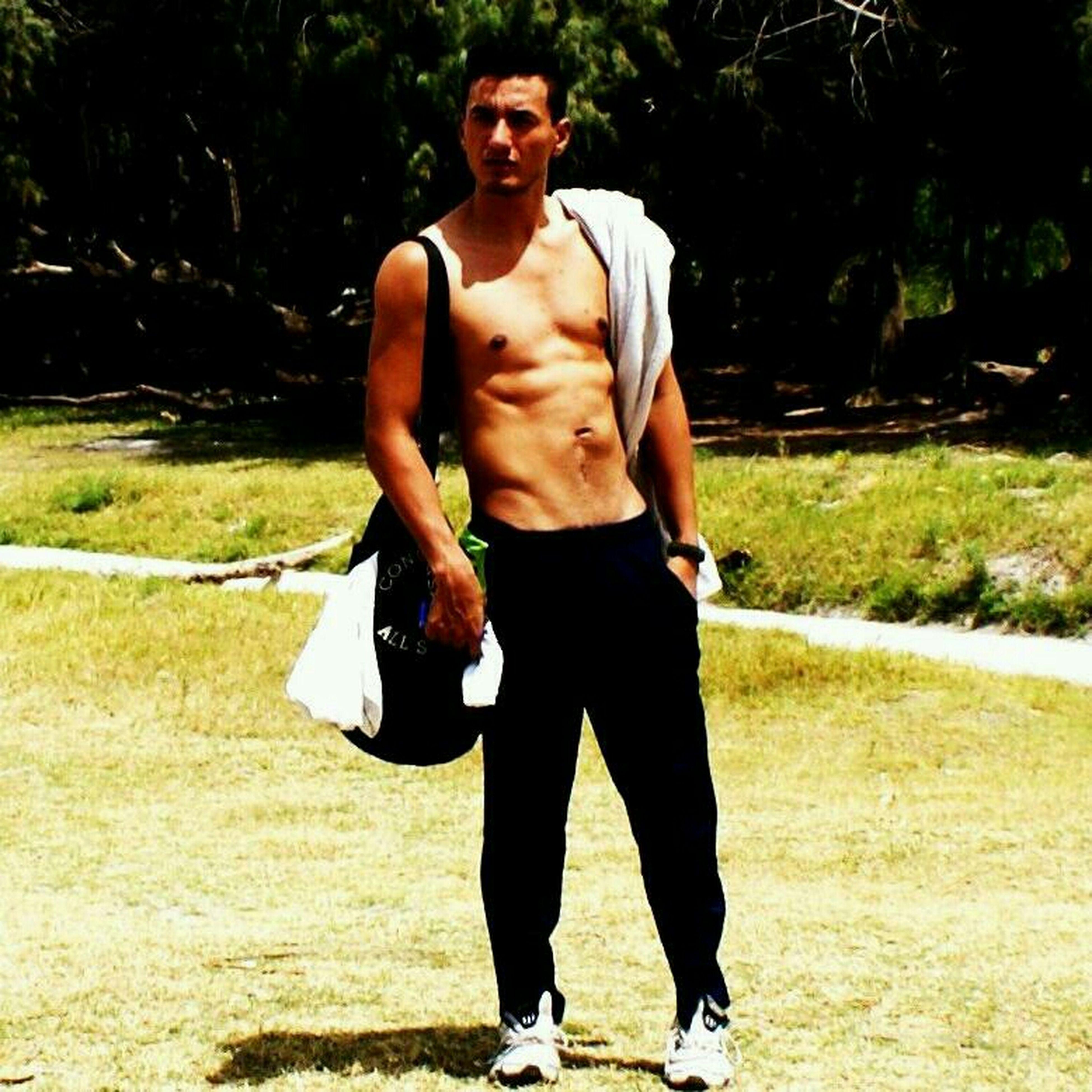 Gym Sexy Boy Man That's Me saliendonde de un entrenamiento