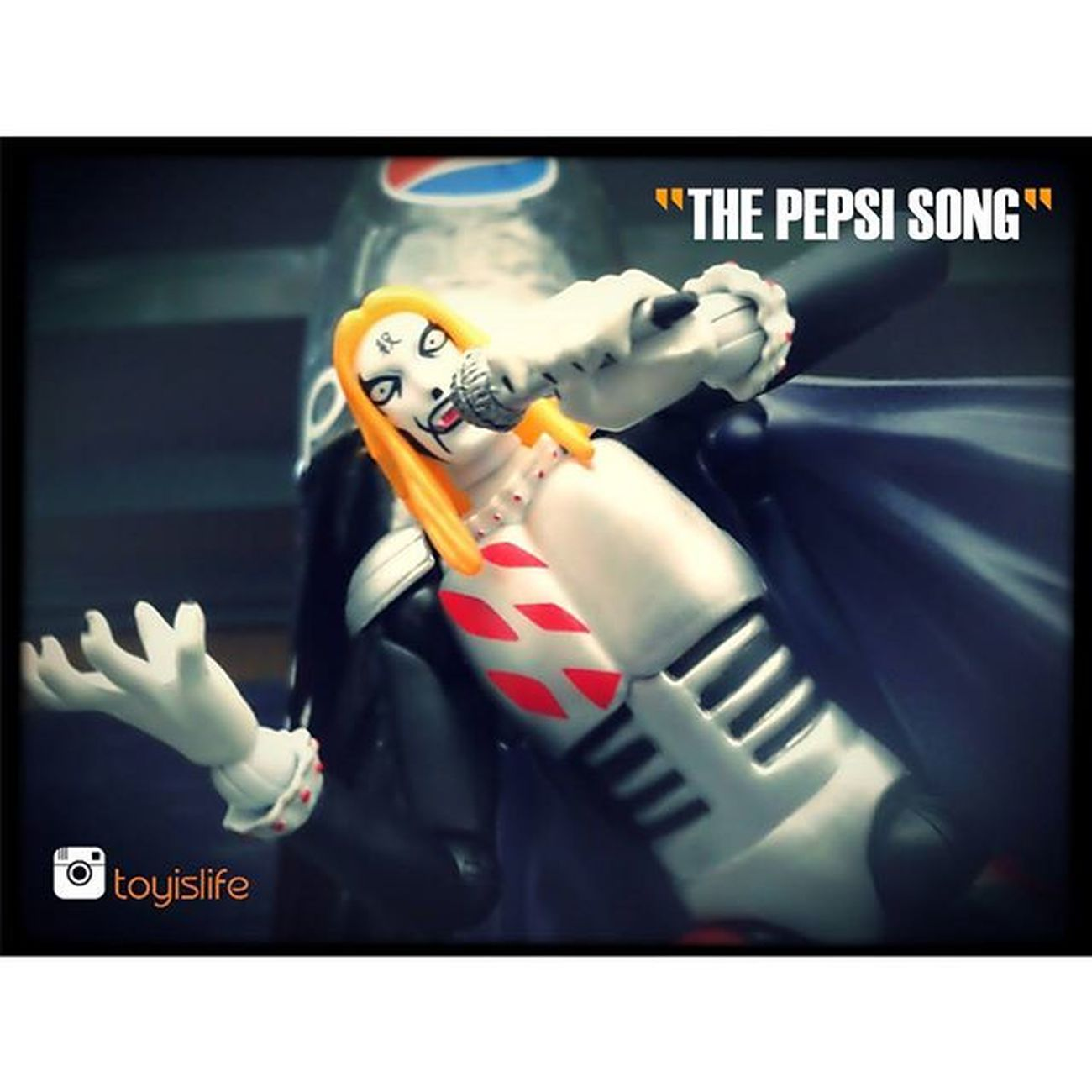 THIS PHOTO IS NOT SPONSORED BY @pepsi IN ANY SHAPE AND FORM :P Pepsi Pepsimax PepsiCo Revoltech Dmc DetroitMetalCity Anime Toyography Toyographer Sillythings Mondayfunday Metal Song Soda Cola