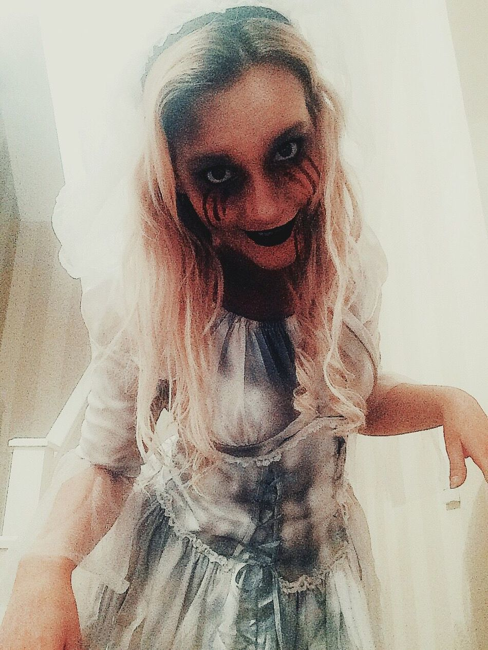 Evileye Evilphotography Scary Face Scary Smile Looking At Camera Freaky ;) Scare Intense Eyes Horrordoll Horrorbride👰🏼 Smurk Evil Eye Evil Dead Dollface Doll Photography Halloween EyeEm