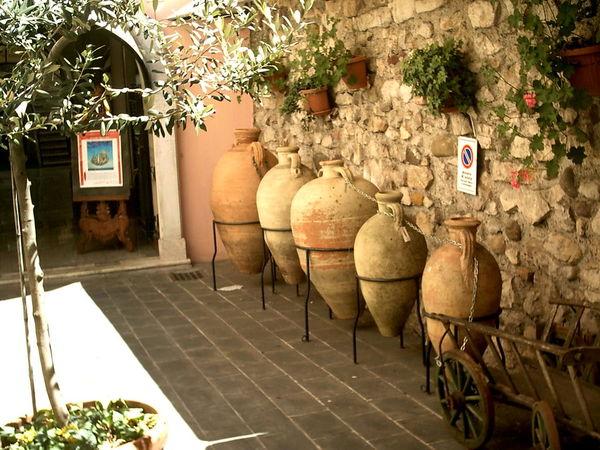 Amphorae Italian Architecture Outdoors Italia Trees Garden Love