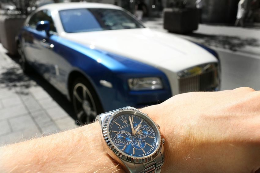 Maserati Watch,Rolls Royce Wraith Car Land Vehicle Focus On Foreground Mode Of Transport Street Parking City City Life Day Outdoors Rolls Royce Rollsroycewraith MASERATI Watch Watchporn Luxury Luxurylifestyle