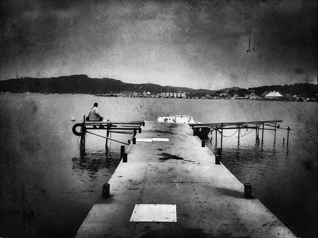Le pêcheur Black And White Photography Poesie Black And White Poetry Toulon Var Laseynesurmer Eyembestshots The Places I've Been Today Harbor Sablettes