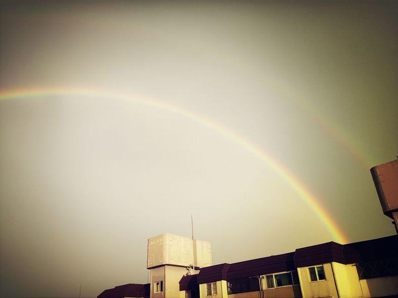 Double Rainbow . home . suwon southkorea . today : 8.9.2014 . pm . LG G3 phone camera