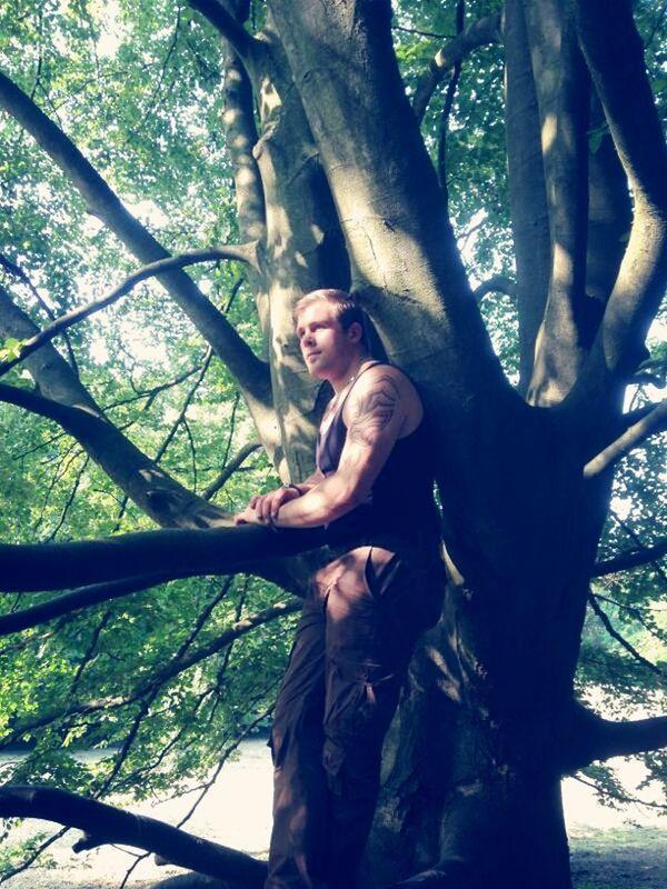 Hello World Mein Freund, Der Baum Potrait meine Wenigkeit.