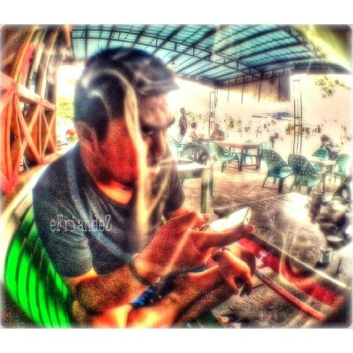 Smoker Man | third entry | ================================== Instagram Instgallery_indonesia Instadroid Instanusantara streetphotography sfd_my sfd_edit hdr_indonesia ganginsapgan gank_family webstagram whisky_droid