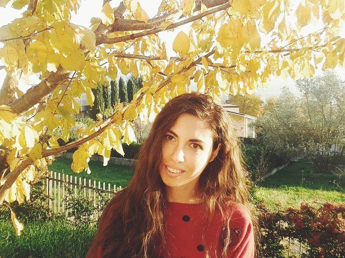 🍂🌞🍁 Enjoying Life Portrait EyeEm Gallery Self Portrait Color Portrait Italiangirl Autumn Autumn Colors Nature_collection Nature Hi! That's Me