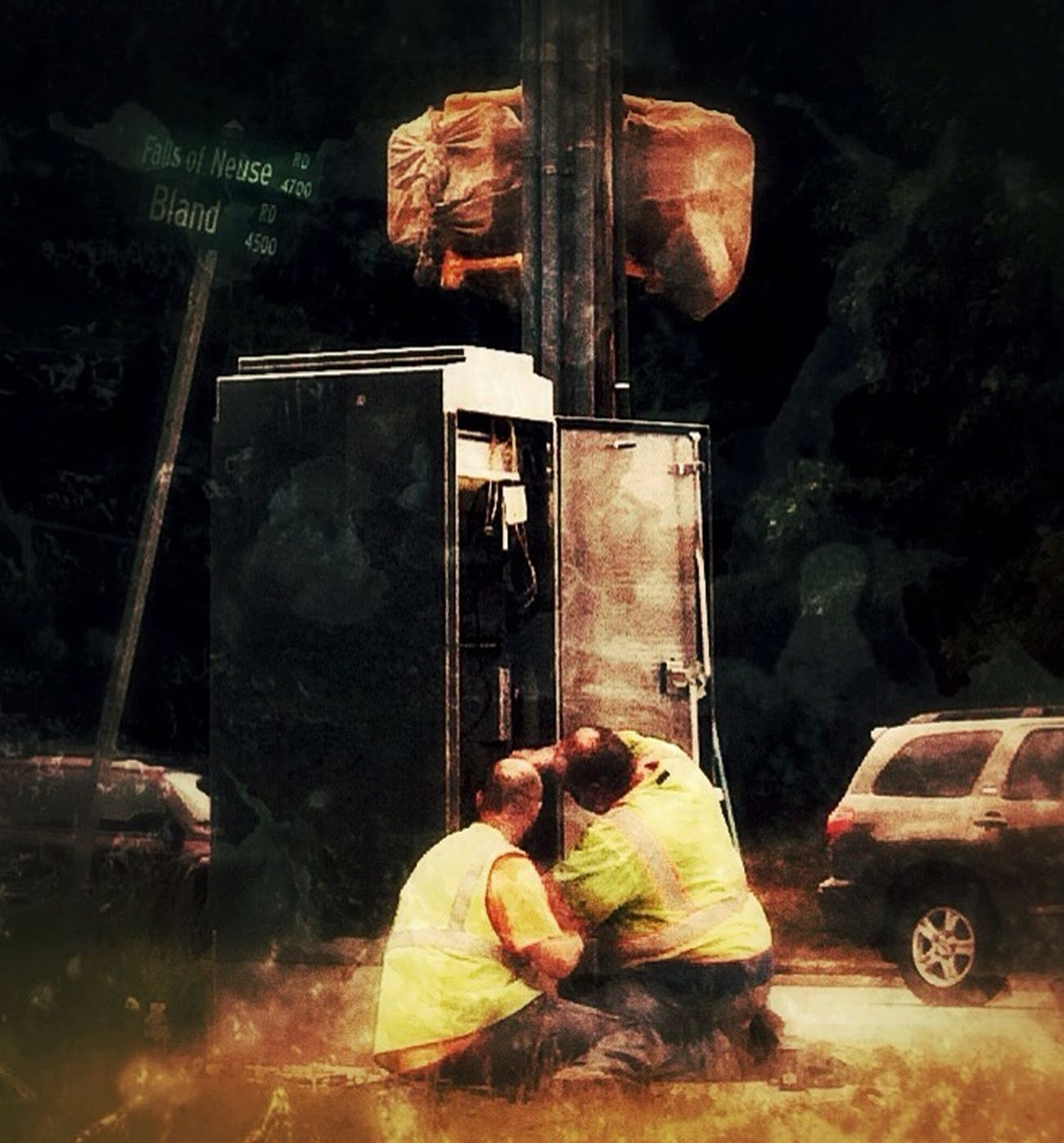 AMPt_community got signals crossed The Street Photographer - 2014 EyeEm Awards We Are Juxt IPhone Photography