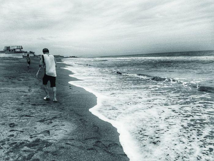 Sea Horizon Over Water Water Tranquil Scene Beach Sojourner Black And White Blackandwhite Photography Blackandwhite Monochrome Fisherman