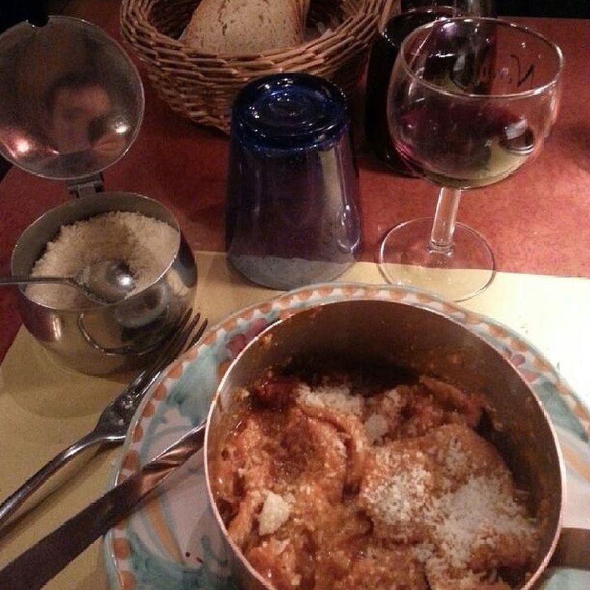 Não é pra desmerecer outros lugares. Mas a melhor buchada que já comi é na Toscana. Tripa Firenzi Toscana Tratotorianerone
