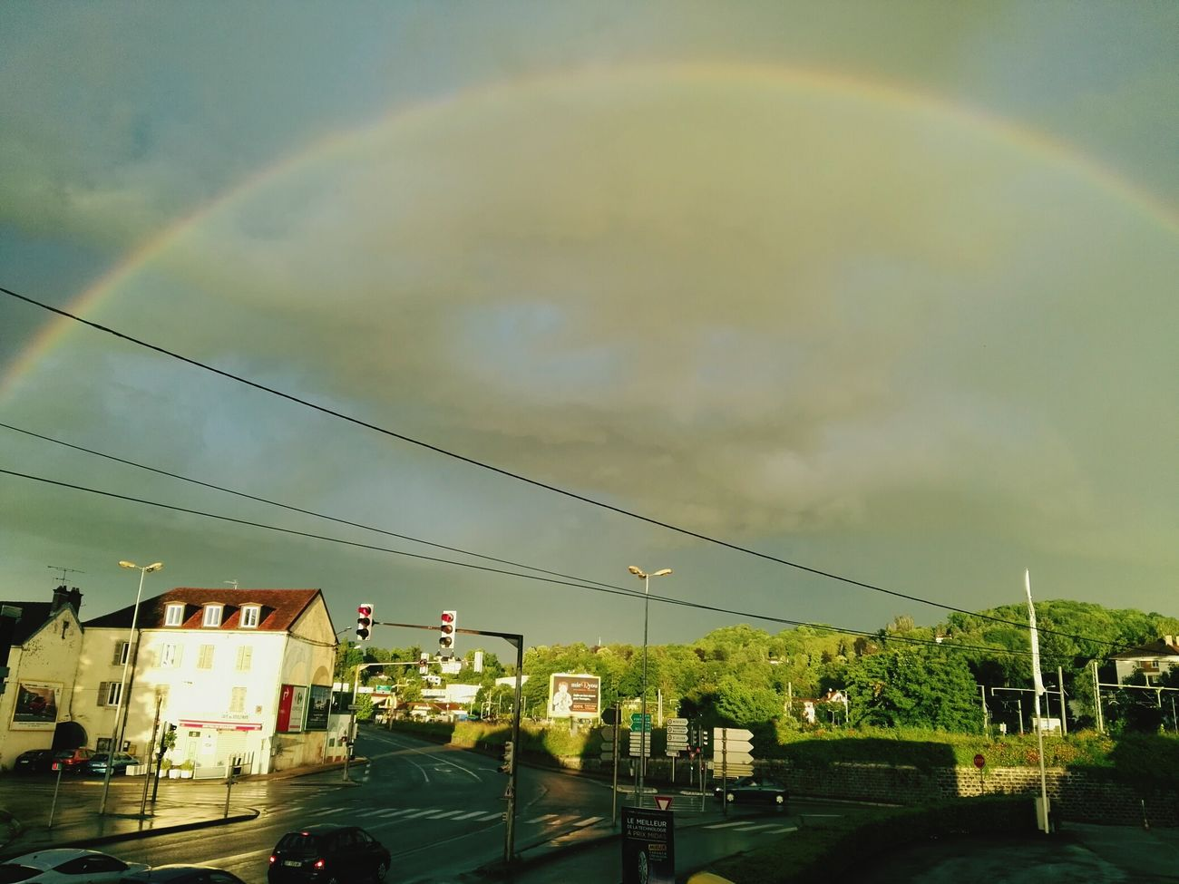 Arc-en-ciel jura Lons le saunier nature color Jura Lons Le Saunier Arc-en-ciel  Couleur Orageux Urban Nature Ciel Et Nuages Arc En Ciel Rainbow