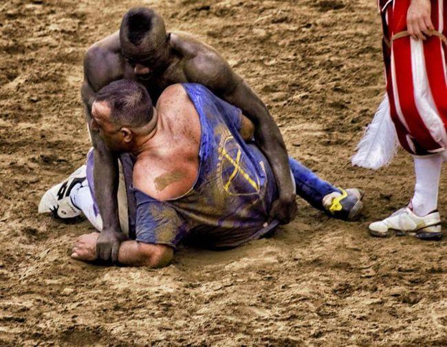 Gladiators CalcioStorico Firenze Florencehistory Bianchi Azzurri
