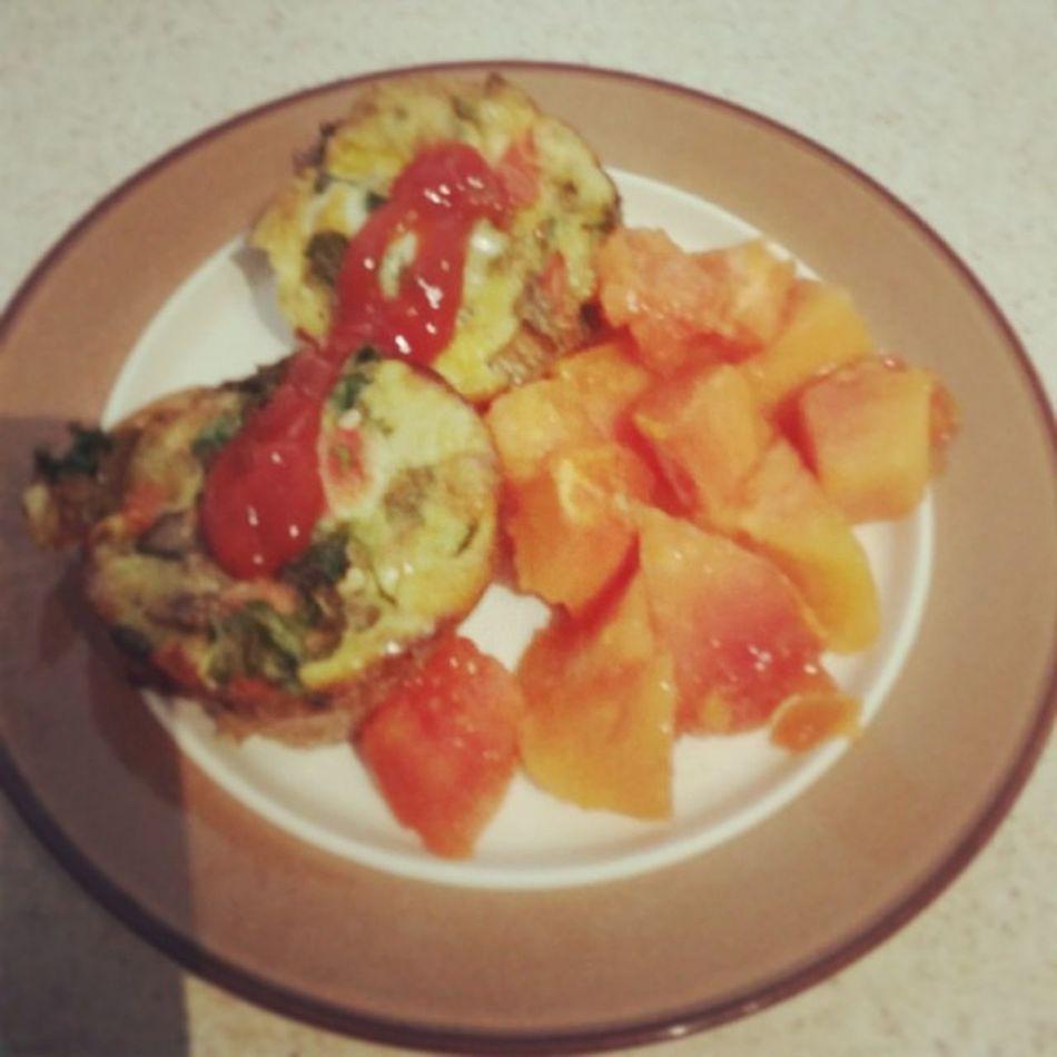 Eggmuffin Papaya Breakfast Fuel cleaneating