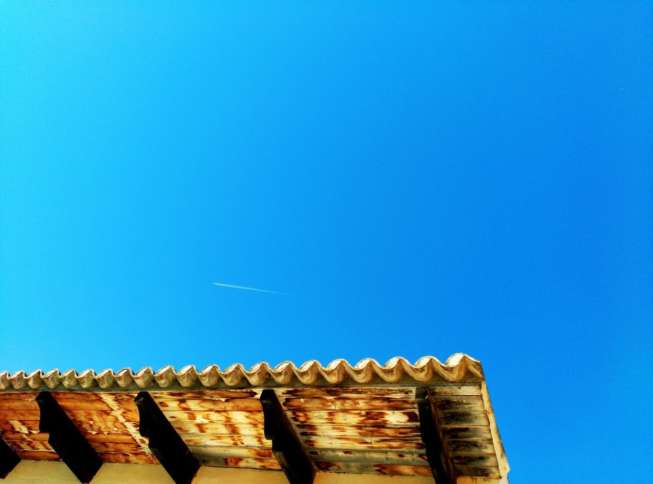 Beautiful stock photos of roof, Architecture, Building Exterior, Clear Sky, Day