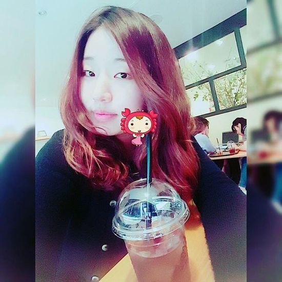 셀스타그램 셀피 Selfies Selfie Follow Like4like Bestoftheday 셀기꾼 Autumn Autumnweather Daily Instagood Likeback Likesforlikes Autumninthecity Cafe