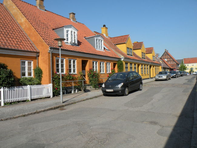 Sorø Town on the island of Zealand in Denmark - Building Exterior Architecture Car Built Structure Transportation Land Vehicle Mode Of Transport Street House Residential Structure Road Residential Building Clear Sky Parking City Roadside Blue Parked Day Stationary