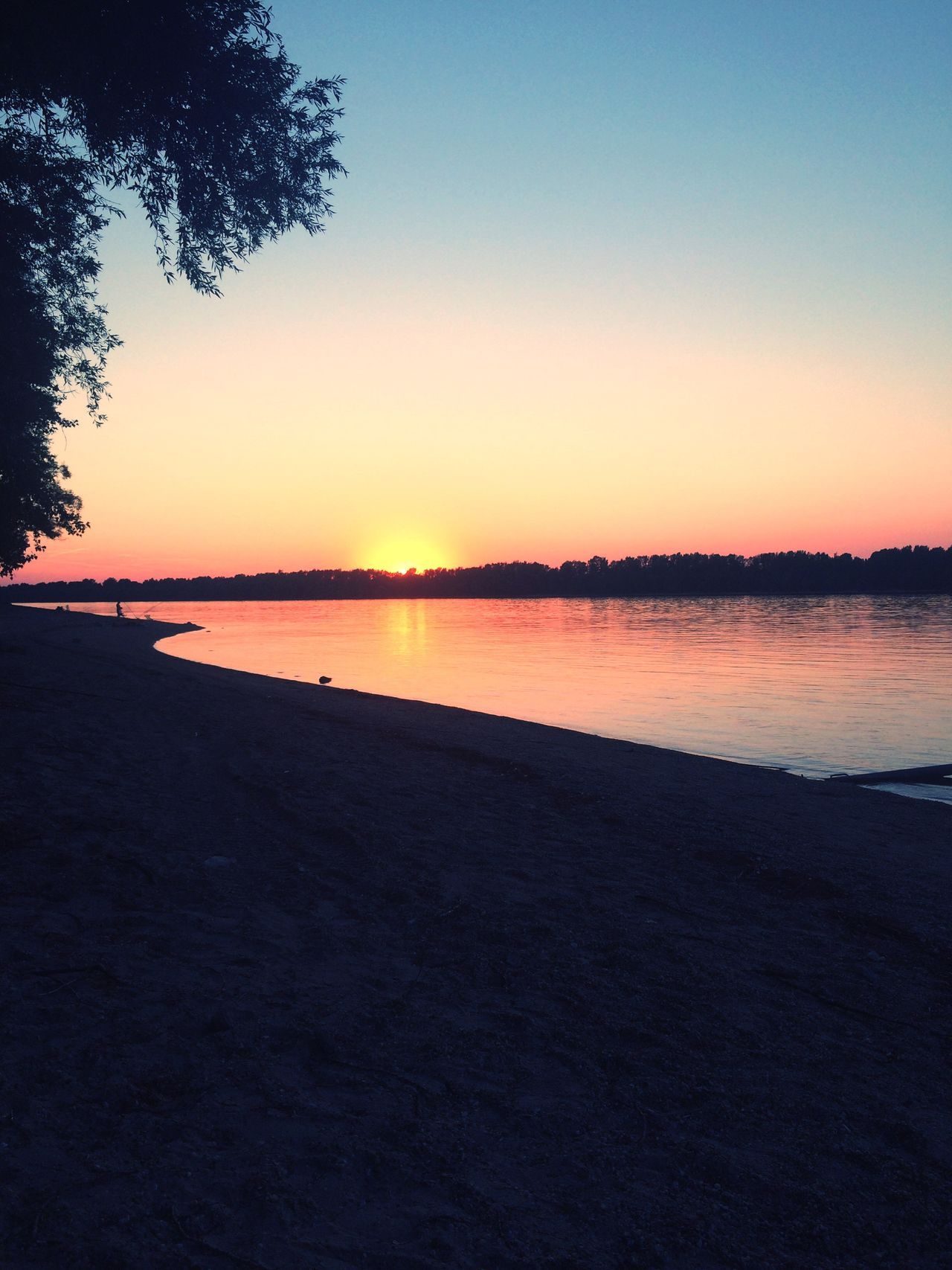 At the end of the day, after a good run 🙋🏼☀️ Danube Hungary Sunset Beautiful