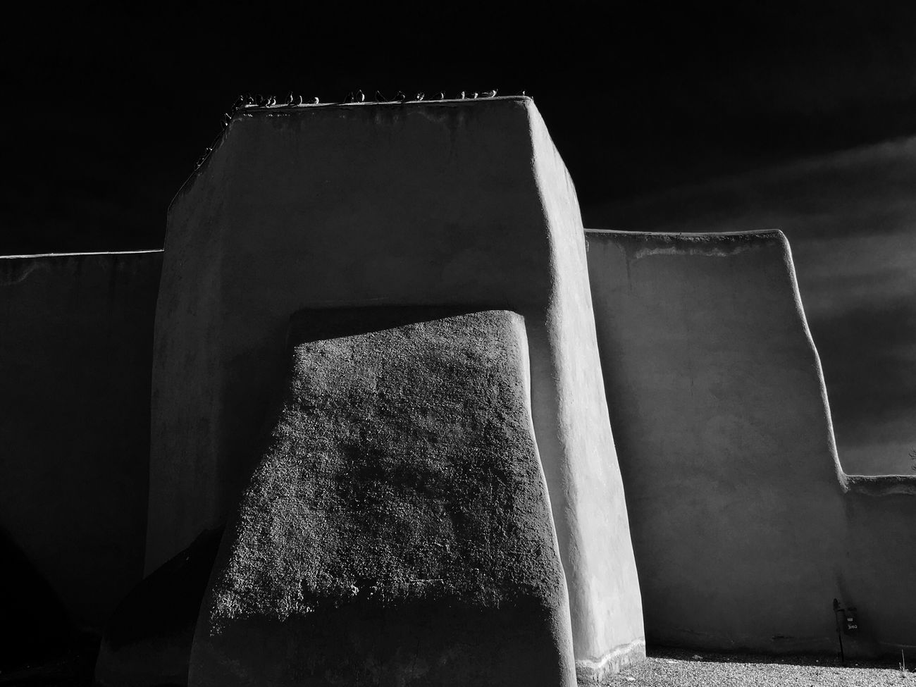 Rancho de Taos Church Built Structure No People Architecture Low Angle View Outdoors Blackandwhitephotography Black And White Photography Black And White Blackandwhite Tranquil Scene Historic Building Historical Building Historical Architecture Adobe Building Adobe