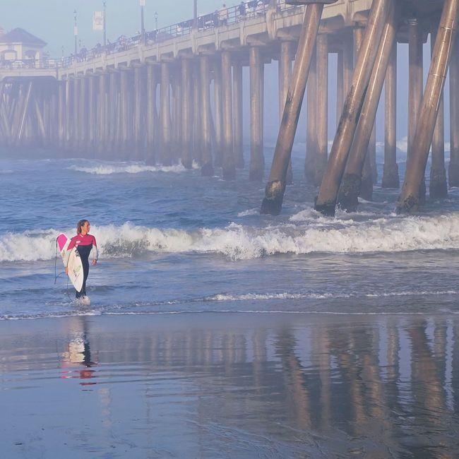 Surfer Vansusopen Surfing Pink Mist Pier Beach People Woman Sport Beachphotography EyeEm Best Shots Fresh On Eyeem