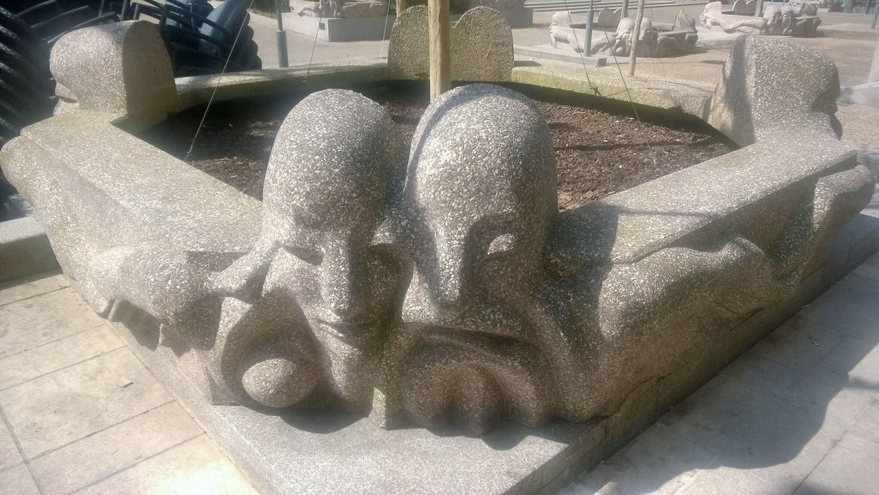 Stone Lovers ❤️ Garden Flowers Street Decoration Flower Beds Pedestrian Walkway Business Center ❤️ Paris, France  Gardens Place Of Heart Been There. Connected By Travel
