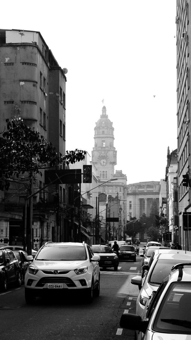 TakeoverContrast Building Exterior Built Structure Architecture City Life History Street Cityscape Fantastic View Week Of Eyeem Undergroundphotography My City.... My Beautiful City Sao Paulo - Brazil Dramatic Black And White City Street People And Places Blackandwhitephotography Black And White Photography City Life Dramatic View