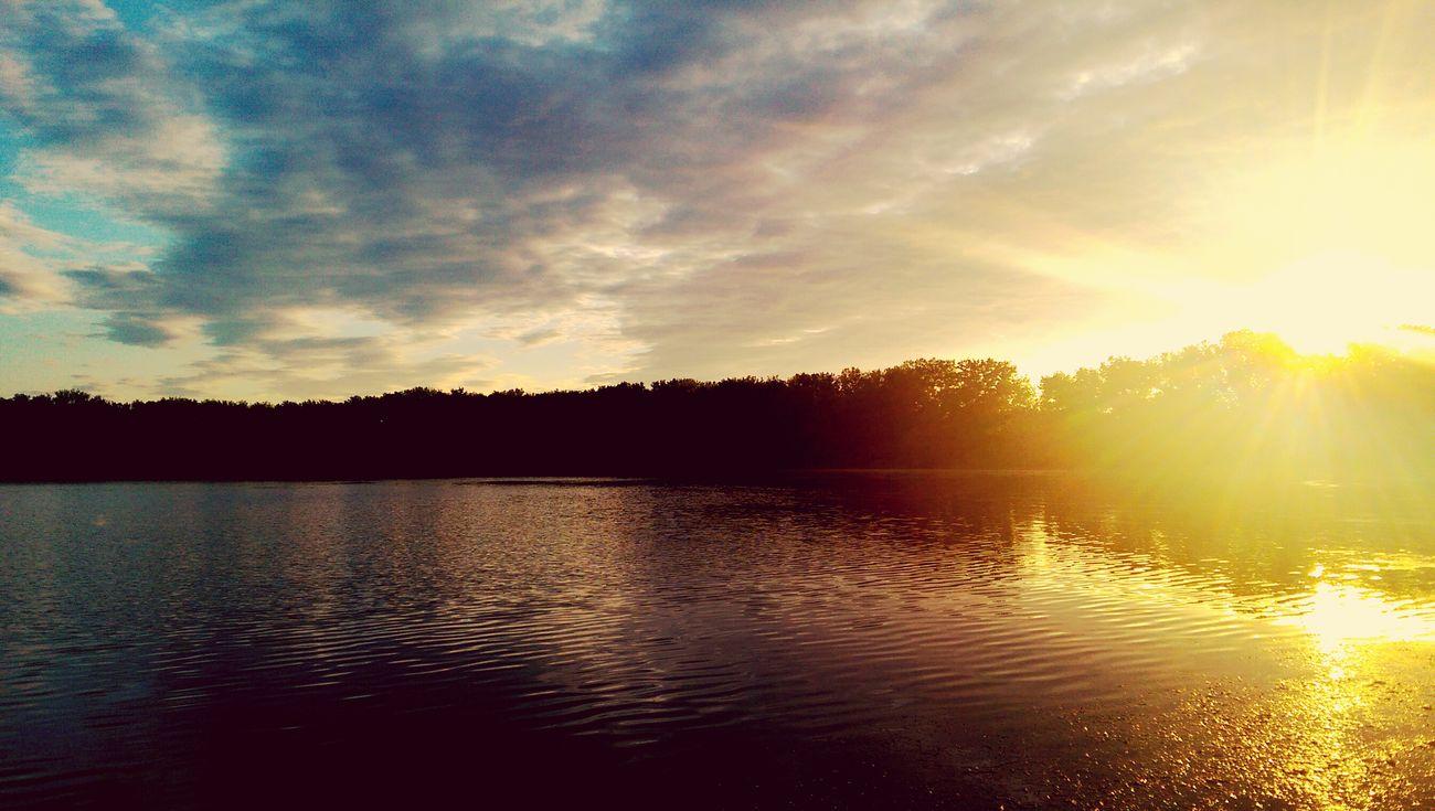 Onondaga Lake Endofsummer Enjoying The Sun Fishing Learn & Shoot: Single Light Source