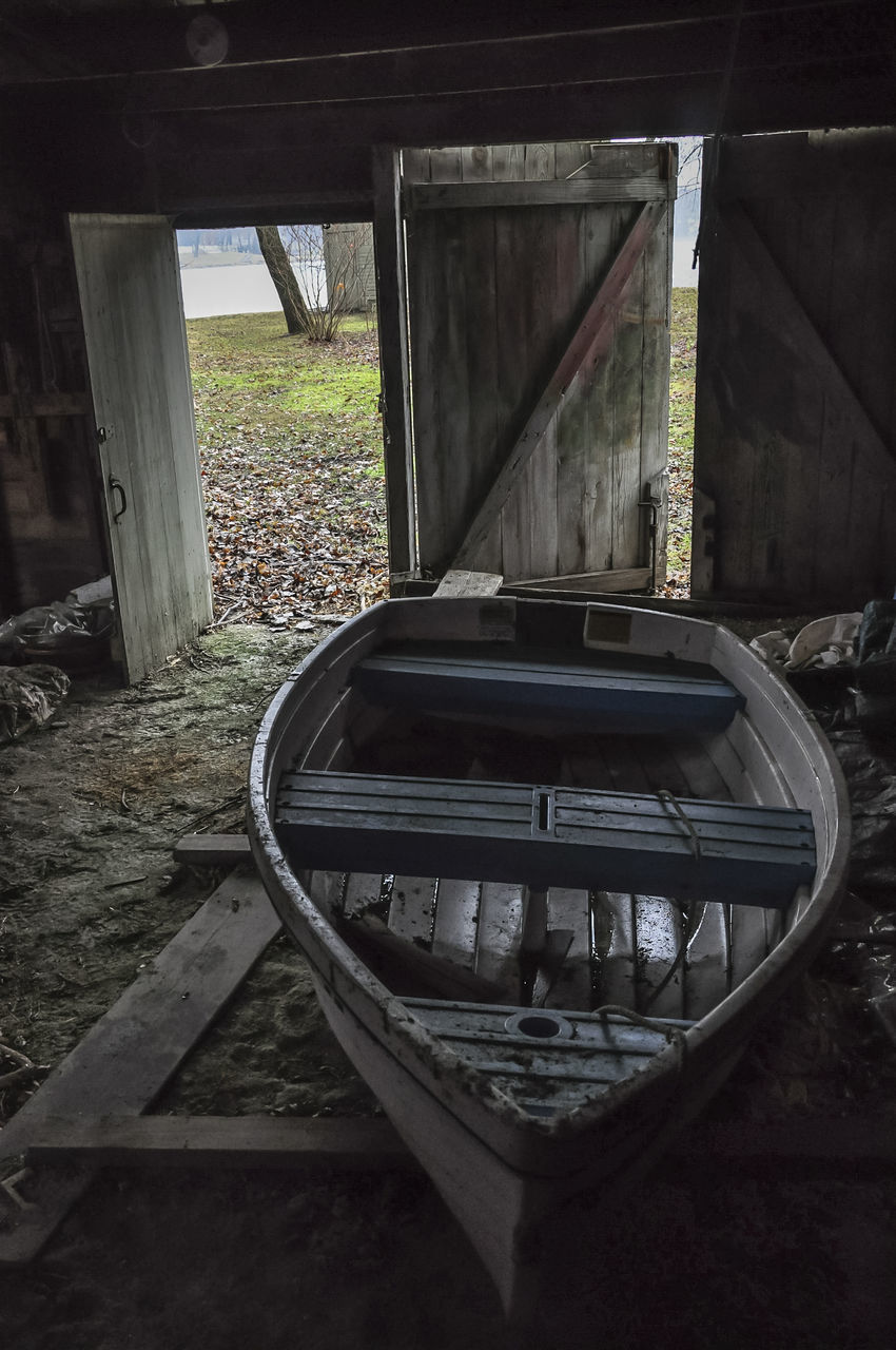 Drydock Abandoned Deterioration Drydock Illinois Indoors  McHenry County Old Old Buildings Pistakee Lake Rowboat Shed