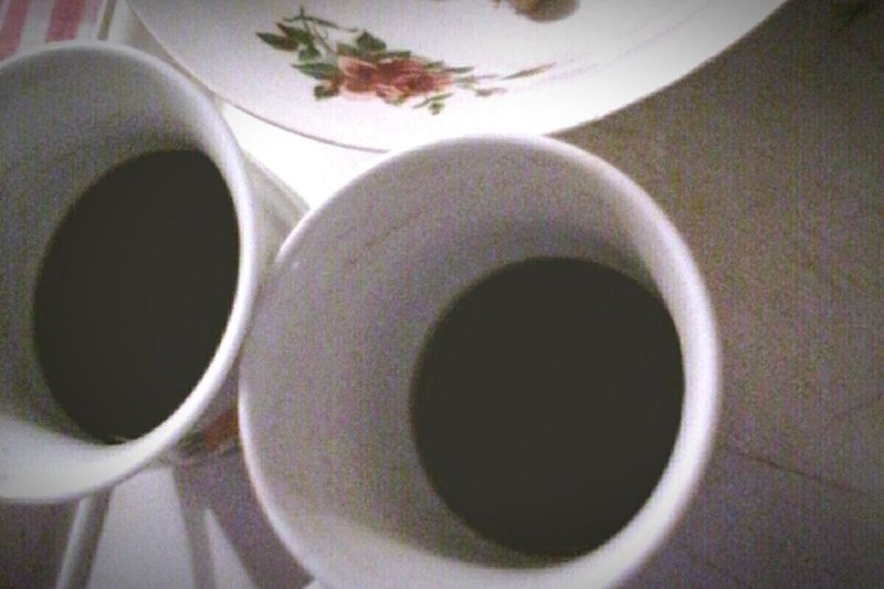 Coffee Cup Food And Drink Coffee - Drink Morning Close-up Black Coffee Coffee Cup Beverage Drink Eyeemphoto Ionitaveronica Wolfzuachis Hot Drink @wolfzuachis Eyeem Market Coffee Coffee Time Coffees Showcase: 2016 High Angle View Two Coffees Two Is Better Than One Two Cups Edited By @wolfzuachis