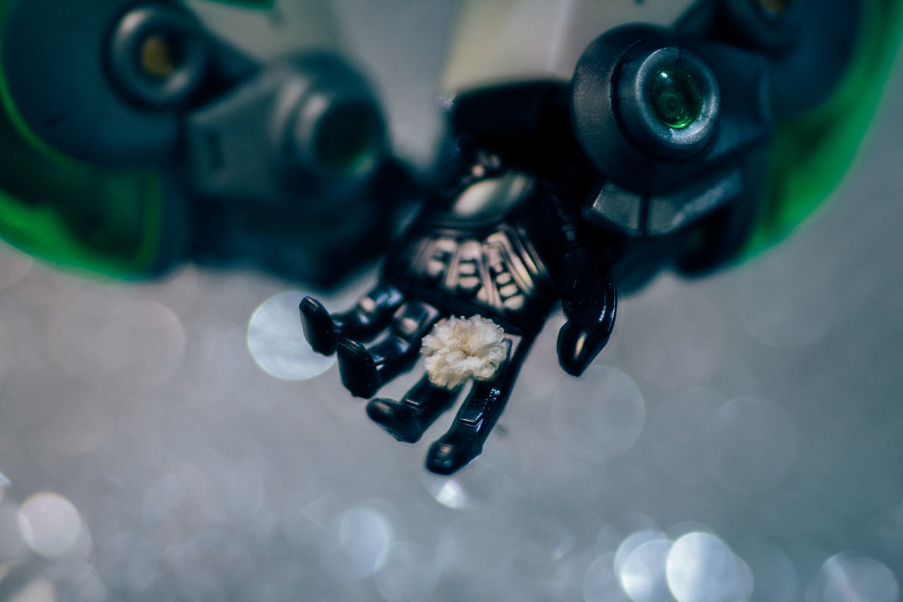 Figuart ◀️ Dreamer's Vision New Vintage Abstract Bokeh Change Your Perspective Classic Close-up Enjoying Life Envision The Future Exceptional Photographs Fine Art Flower Hand Looking Into The Future Nature's Diversities Pivotal Ideas Robot Shaping The Future. Together. Tech Technology Everywhere The Innovator Tiger&bunny Toyphotography Toys Close Up Technology