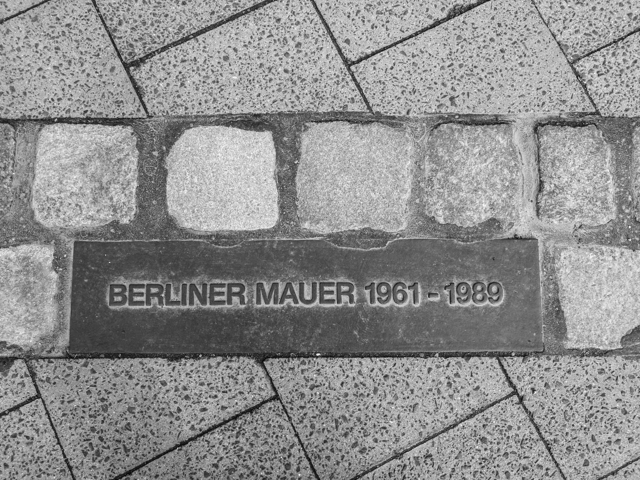 Berlin Berlin Photography Berliner Ansichten Berliner Mauer Close-up Communication Day Looking Down No People Outdoors Text