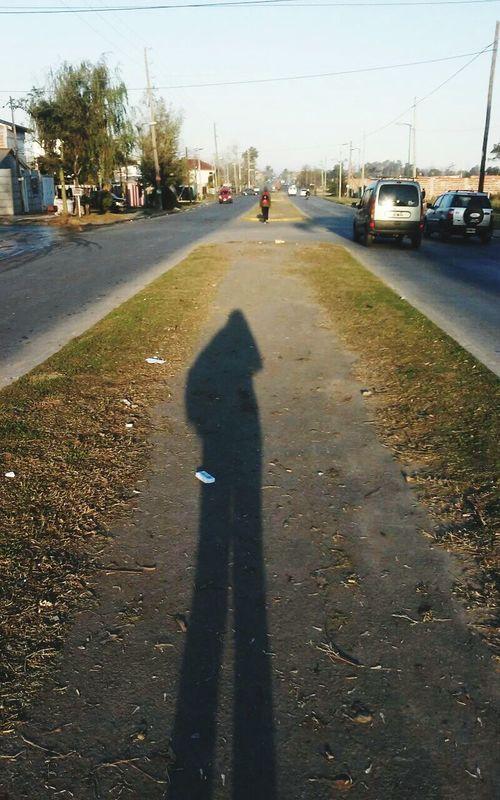 Far Shadow Time Sombra Lejos Esperame Tarde