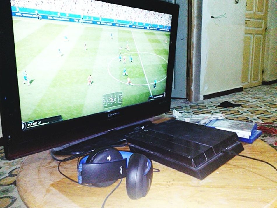Game Fifa15 Play4
