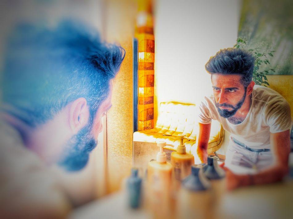 Aynadaki tek dostum