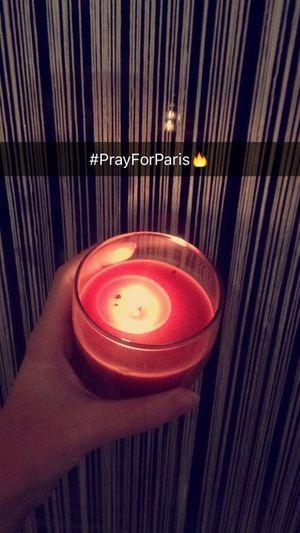 Praying Prayforparis PrayForParis🙏 Peaceforparis Prayforparis🇫🇷 Bougie Rip