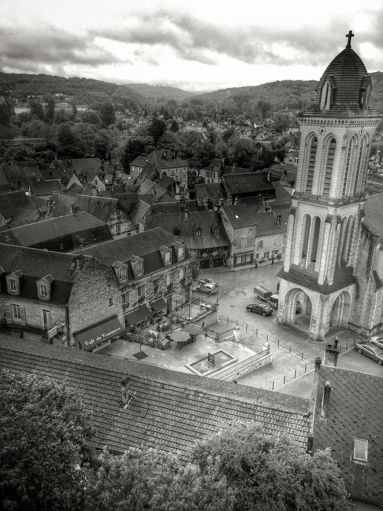 Taking Photos Hello World Noir Et Blanc Montignac Montignacsurvezere Dordogne Perigord Sonderue