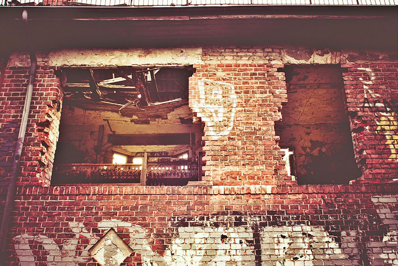 Urban Decay Hole In The Wall Grimewindow BOB Brick Old Building Abandoned Places Abandoned Buildings
