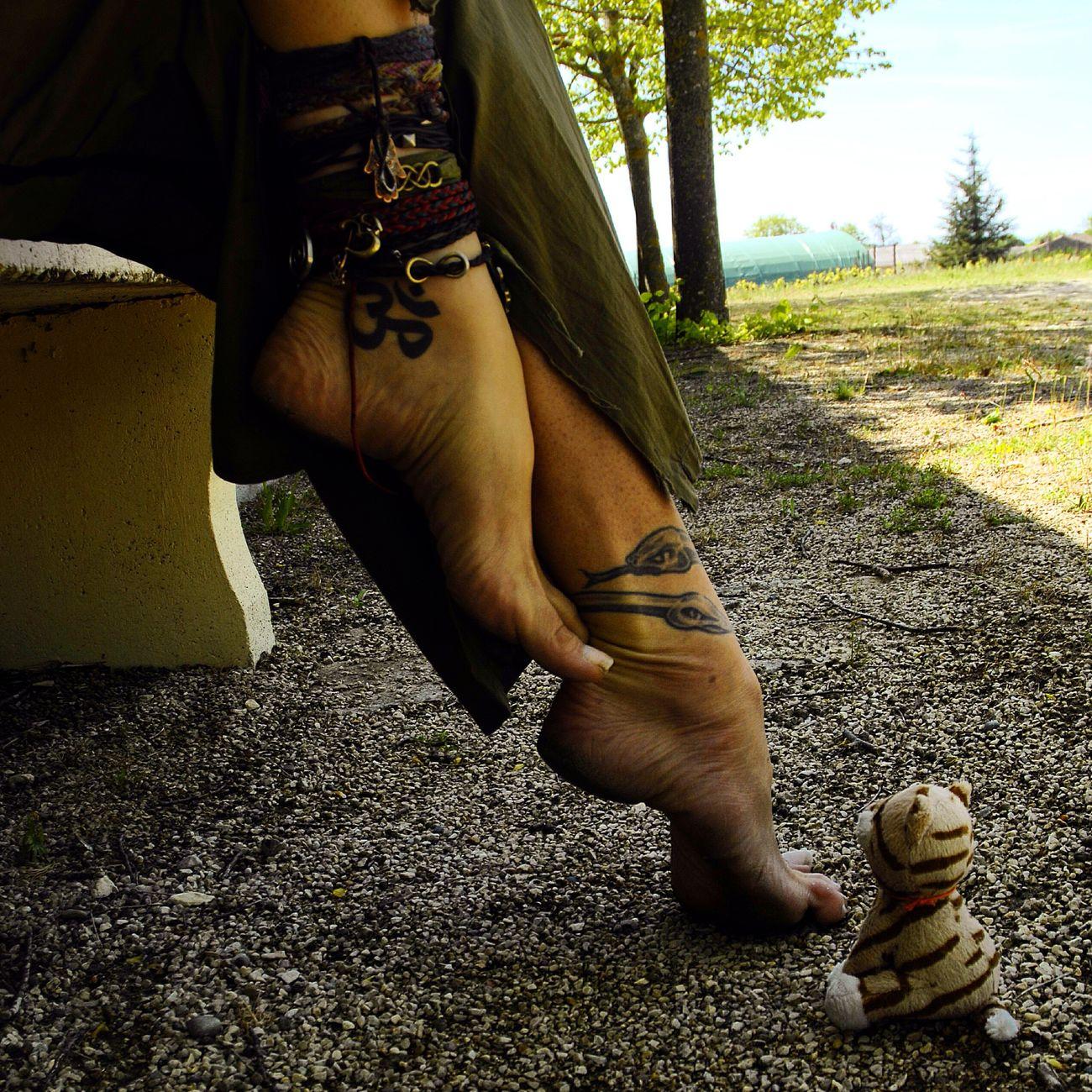 Just Live Barefoot Barefoot Lifestyle OM Yogi Feet