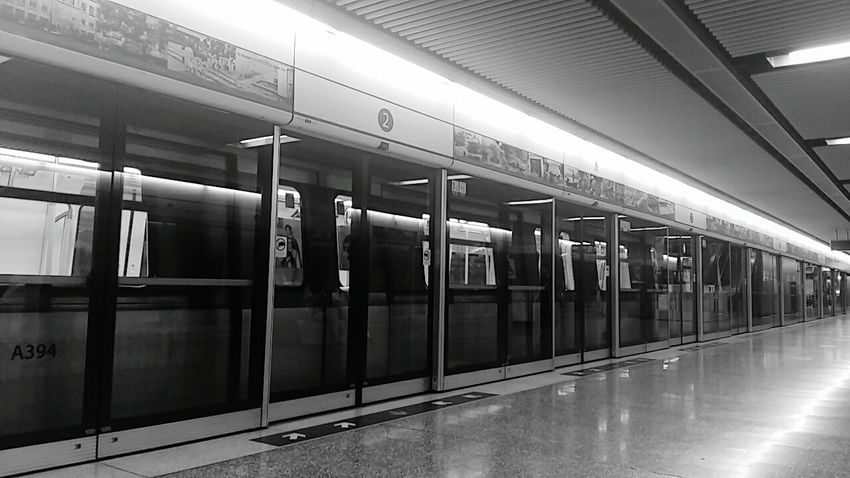 Architecture Indoors  MTR Station Black & White Glass Light Station - Choi Hung Hong Kong