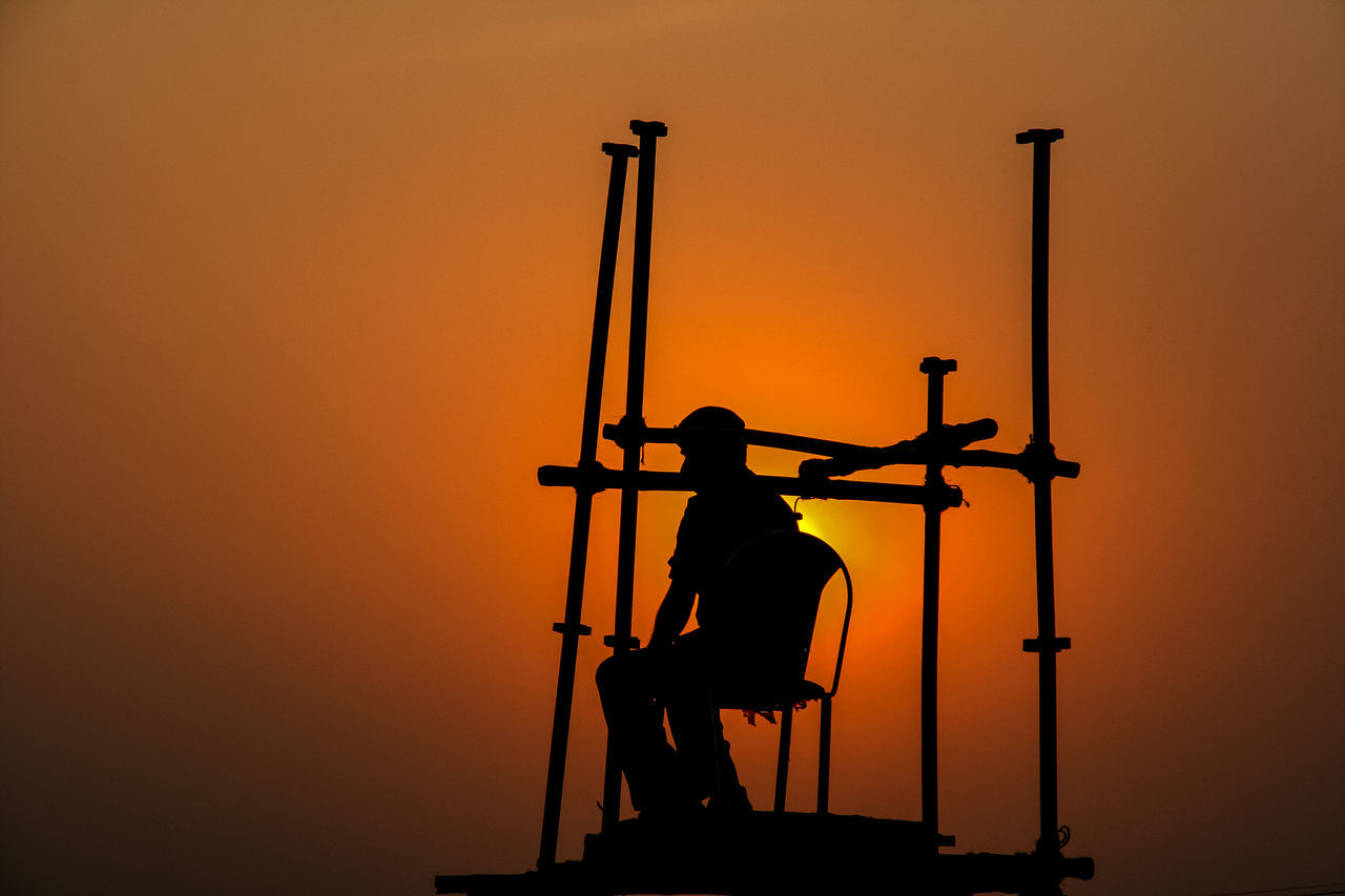 Silhouette One Man Only Sunset Outdoors Three Quarter Length Only Men Adults Only One Person Adult People Colorful Artistic At Work