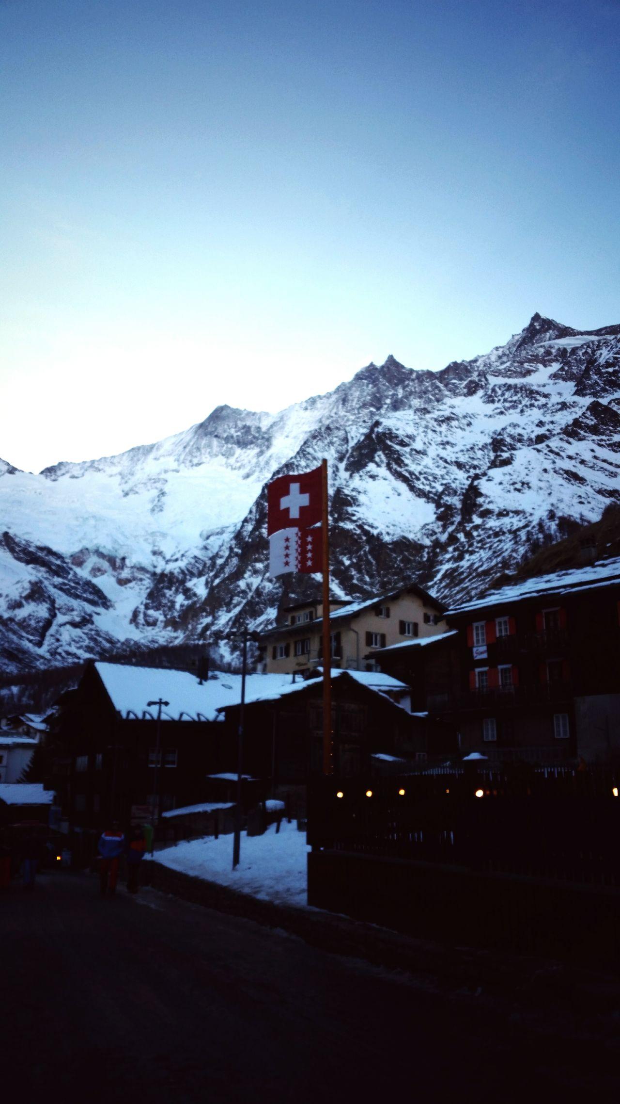 Ein schönes Dorf ❄🇨🇭Saasfee Saastal Swiss Mountains Swissalps Dorf Walliser Alpen Village Life Snow ❄ Winterwonderland