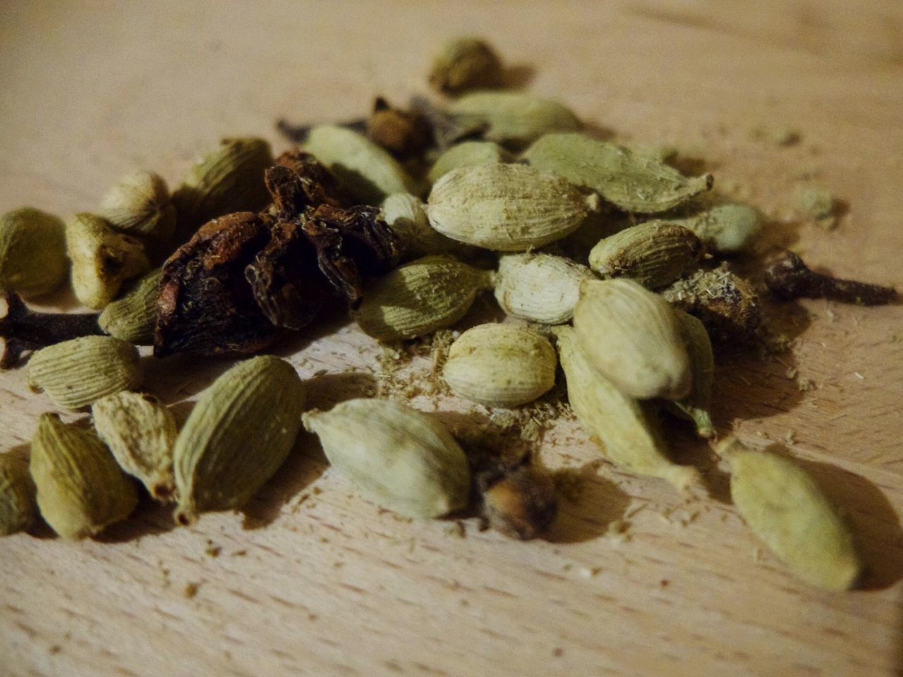 food and drink, close-up, no people, food, spice, selective focus, dried food, indoors, nut - food, day, freshness