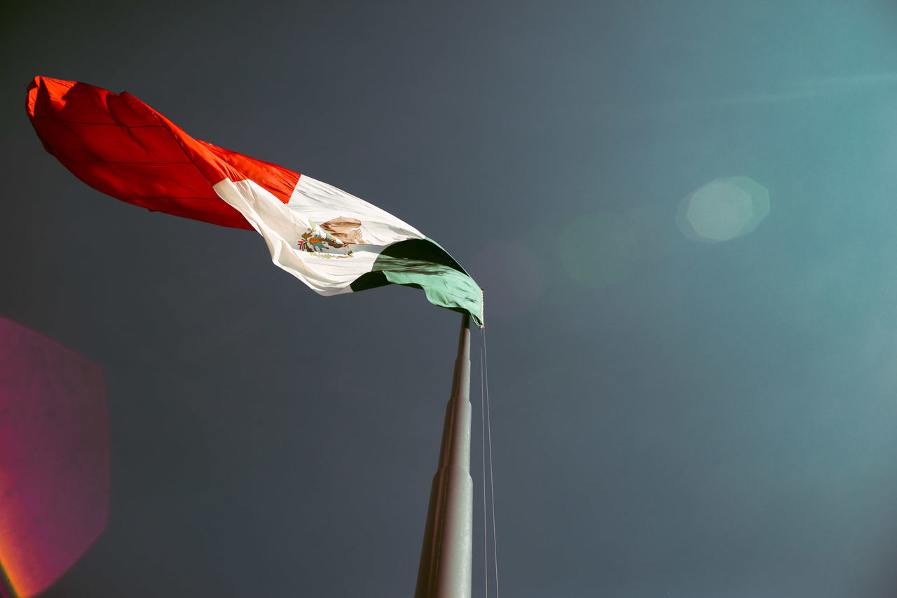 Beautiful stock photos of mexican flag,  Day,  Flag,  Identity,  Lens Flare