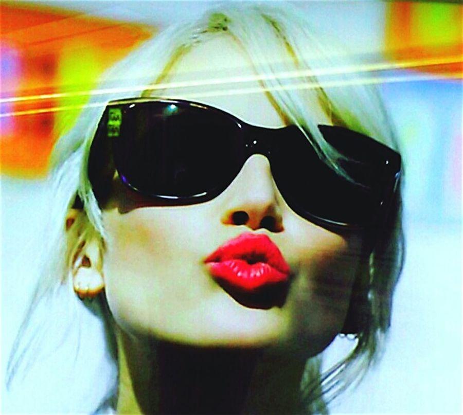 Face Foto Kisses❌⭕❌⭕ Kiss Kisses Facial Photographs Kiss Kiss Face Lipstick Kissy Face Faces Face Shot Faces Of EyeEm Kiss Me Quick Face Photoshoot Kisses Hotlips Hot Lips ❤️ Show Me Your Face .... FaceShot Face Shot ❤ Face Photography Hot Lips Taking Photos Taking Pictures Face Of EyeEm